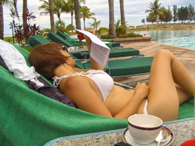 rica-peralejo-bikini-4