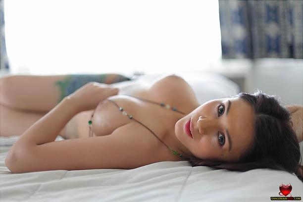 raven villanueva nude pics